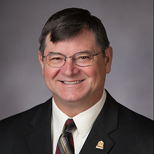 Portrait photo of LOTT Board Member Pete Kmet.